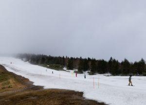 5月3日の奥志賀スキー場第4ゲレンデの様子