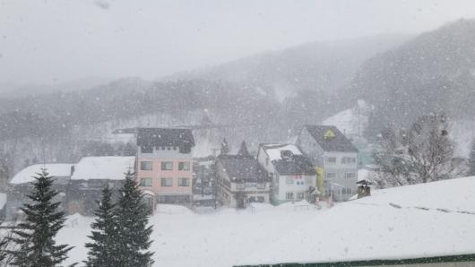 撤収後も大雪が続く。
