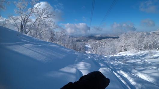 深雪滑走中のひとこま。