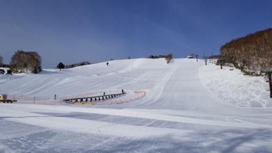 オープン前のダイヤモンドスキー場。
